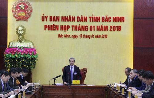UBND tỉnh họp phiên thường kỳ tháng 1/2018