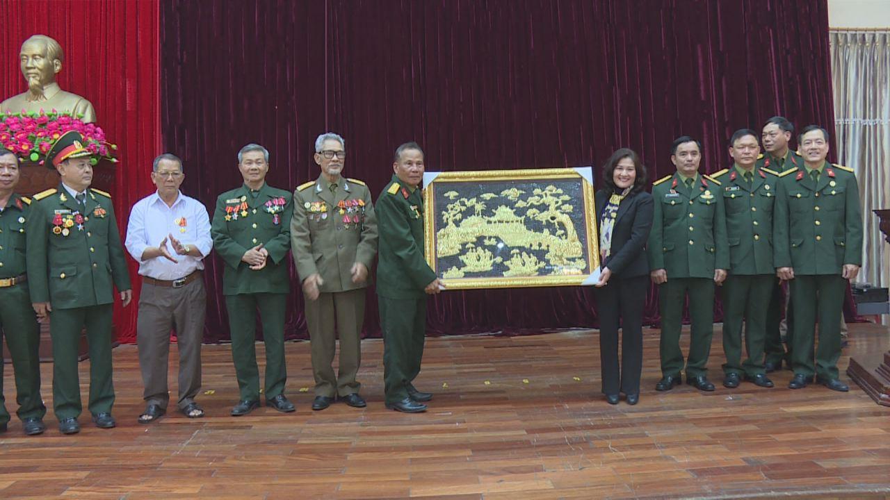 Cựu chiến binh Tiểu đoàn 1 Long An ra thăm tỉnh Bắc Ninh