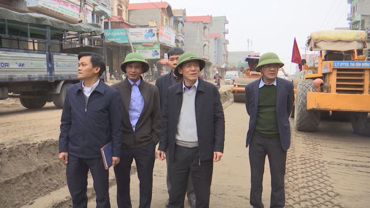Đồng chí Nguyễn Tiến Nhường kiểm tra công tác đảm bảo ATGT, chỉnh trang đô thị và một số dự án trọng điểm tại huyện Yên Phong