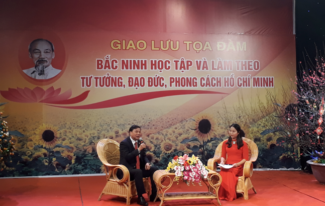 """Giao lưu tọa đàm """"Bắc Ninh học tập và làm theo tư tưởng, đạo đức,  phong cách Hồ Chí Minh"""""""