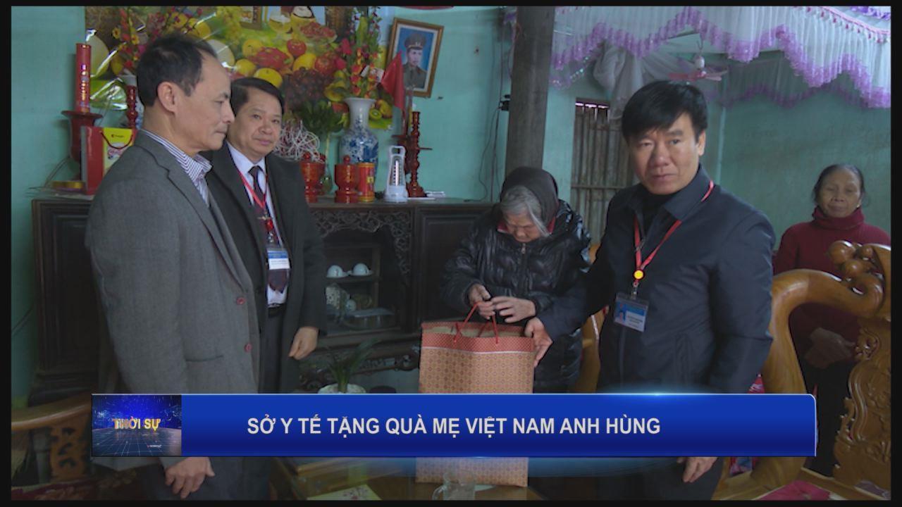 Sở Y tế thăm, tặng quà mẹ Việt Nam Anh hùng dịp Tết Nguyên đán Mậu Tuất