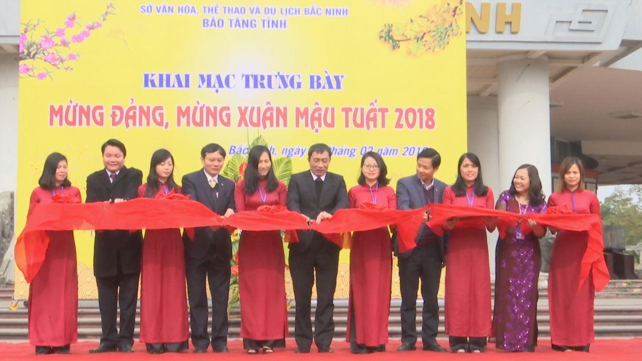 Khai mạc trưng bày Mừng Đảng, mừng xuân Mậu Tuất 2018