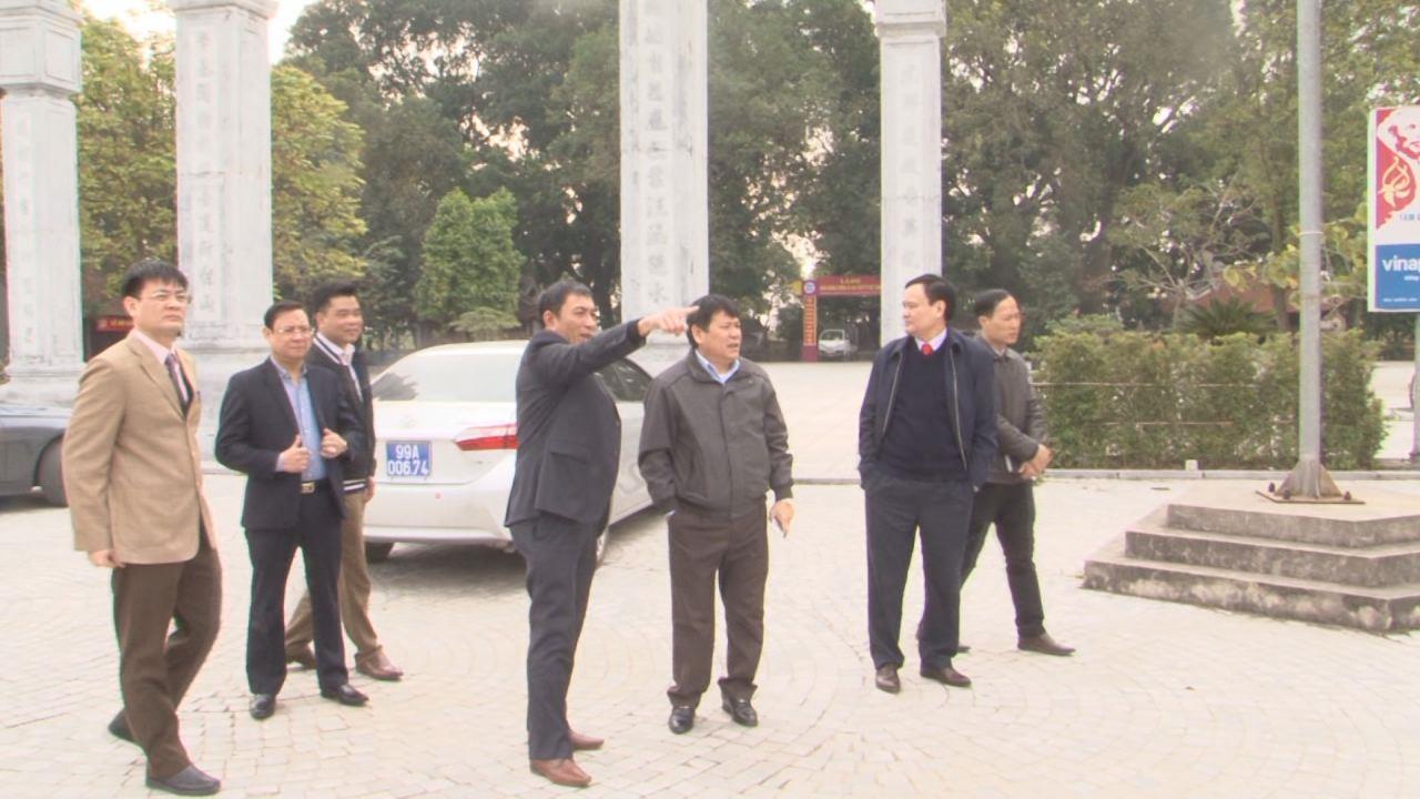 Phó Chủ tịch UBND tỉnh Nguyễn Văn Phong kiểm tra công tác chuẩn bị lễ hội Kinh Dương Vương