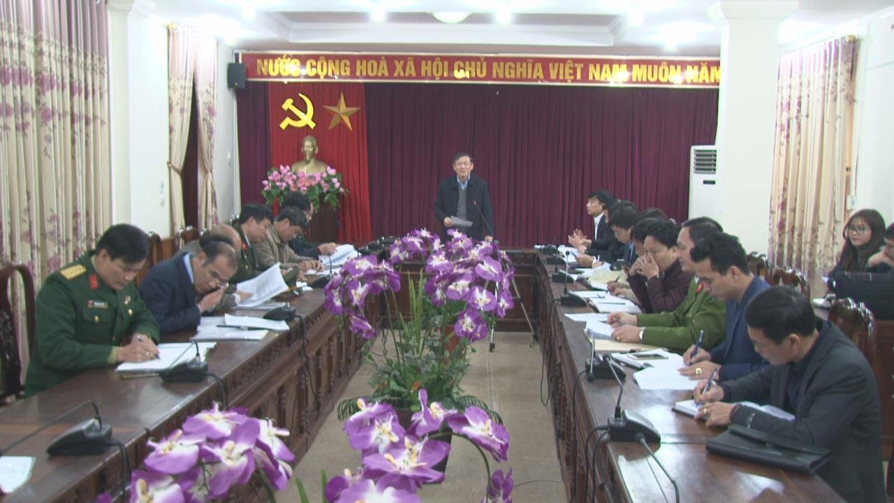 Phó Chủ tịch Thường trực UBND tỉnh Nguyễn Tiến Nhường kiểm tra  công tác chuẩn bị Tết tại 2 huyện: Thuận Thành và Quế Võ