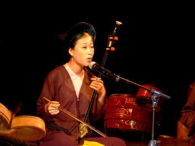 Nghệ sỹ Mai Tuyết Hoa – Truyền nhân hát Xẩm Hà Thị Cầu
