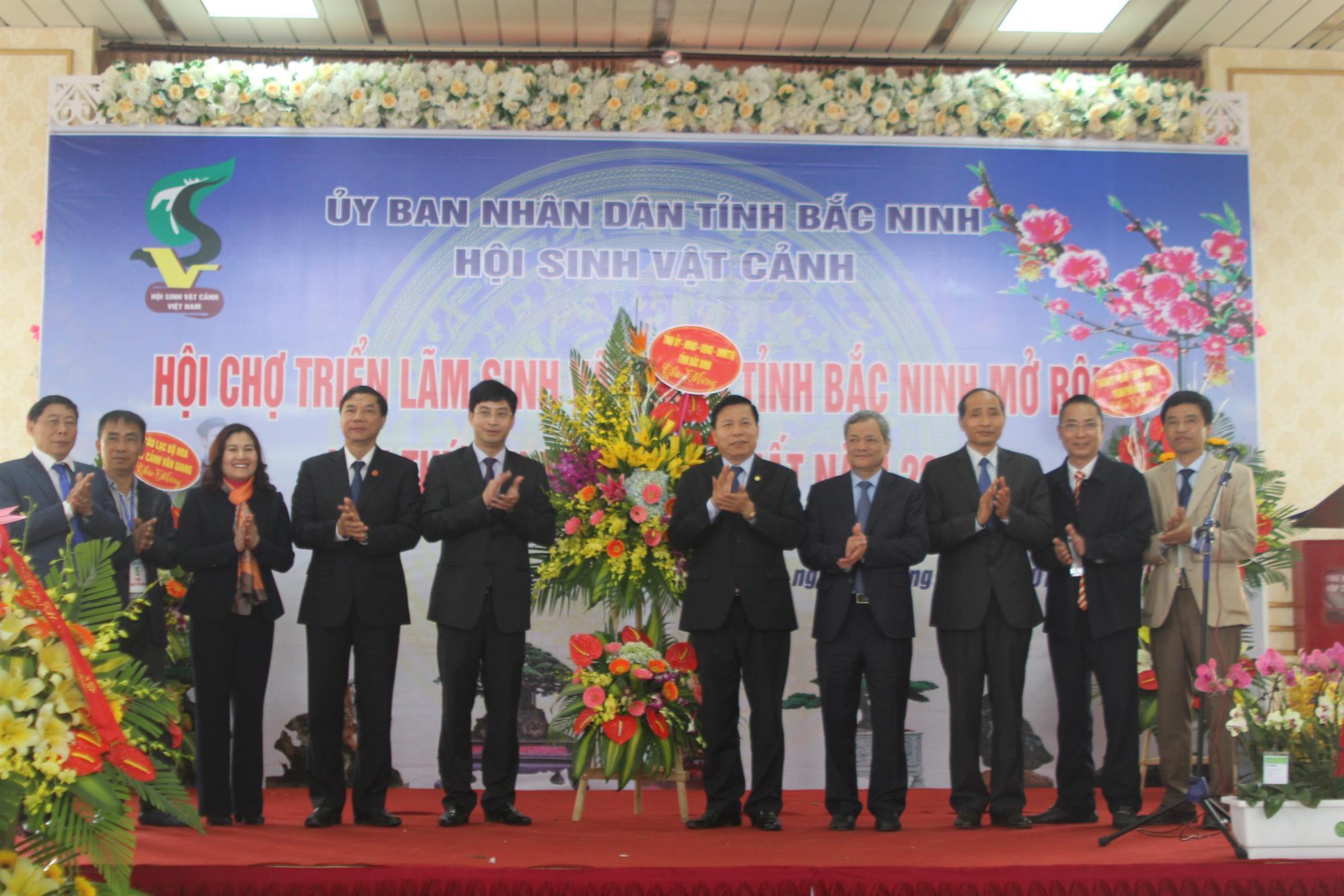 Khai mạc Hội chợ triển lãm Sinh vật cảnh tỉnh Bắc Ninh mở rộng  lần thứ XXI xuân Mậu Tuất 2018