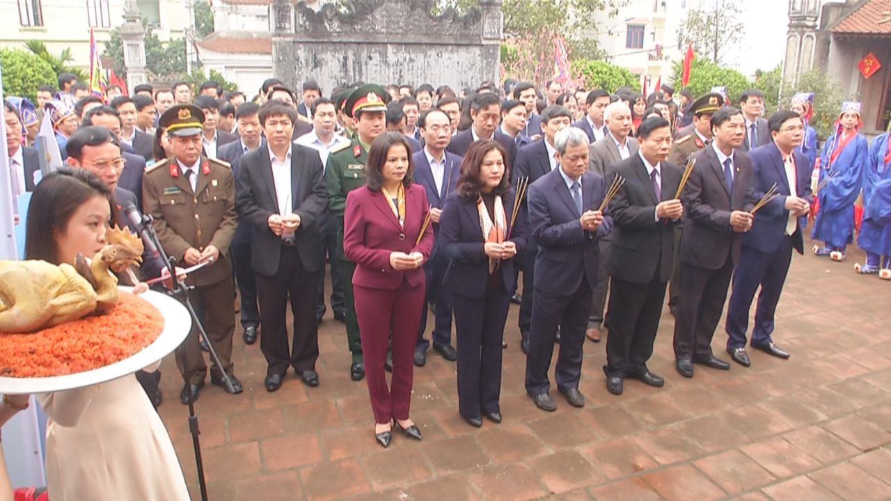 Lãnh đạo tỉnh dâng hương Văn Miếu Bắc Ninh