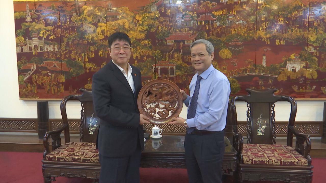 UBND tỉnh tiếp đoàn công tác Kho bạc Nhà nước Việt Nam
