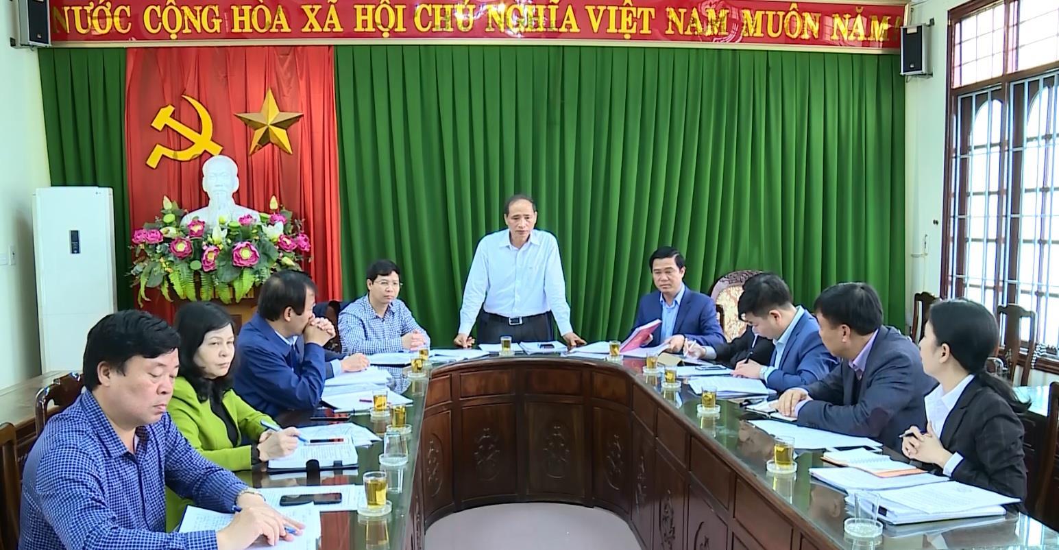 Phó Chủ tịch UBND tỉnh Nguyễn Hữu Thành làm việc tại huyện Tiên Du