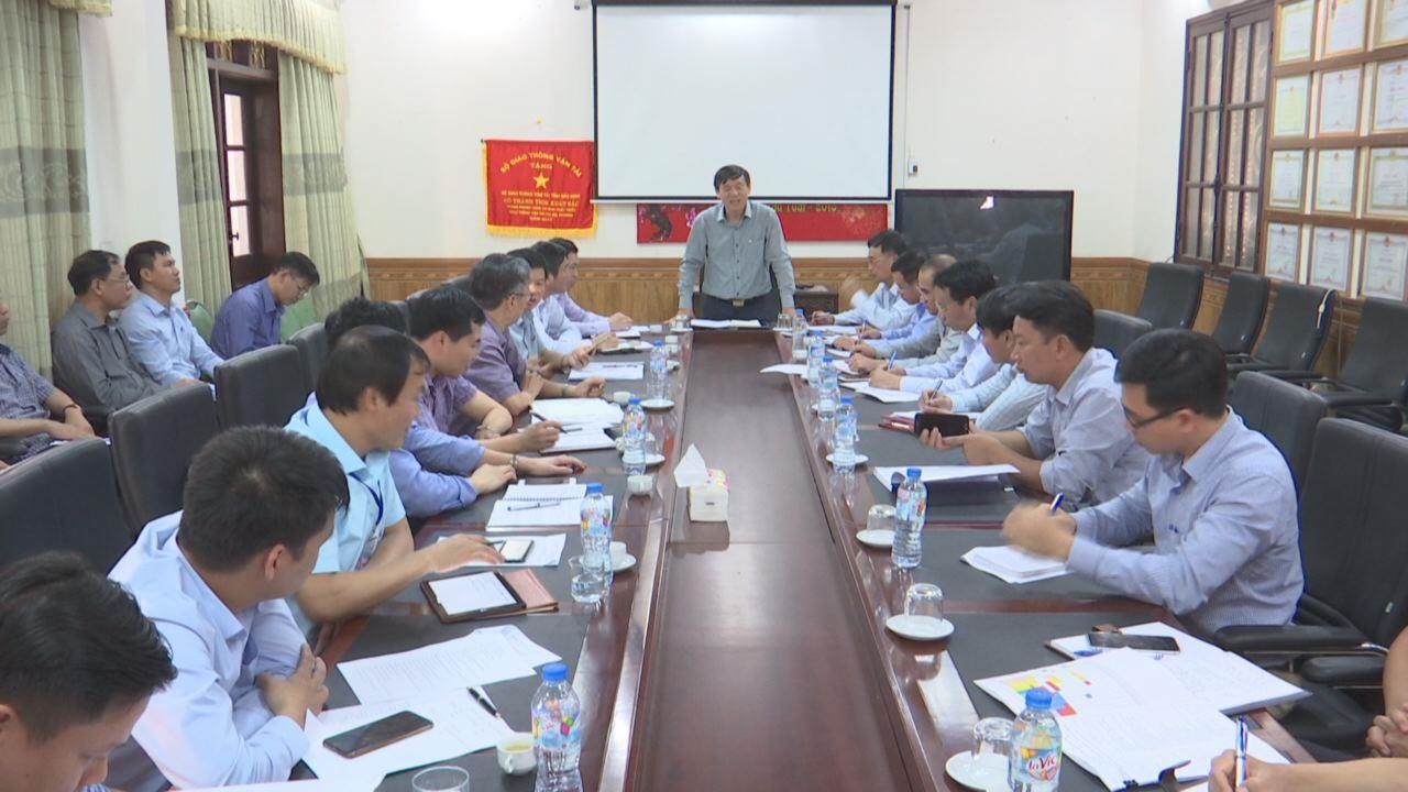 Phó Chủ tịch Thường trực UBND tỉnh làm việc với các sở, ngành về tiến độ thực hiện Dự án cầu Phật Tích - Đại Đồng Thành