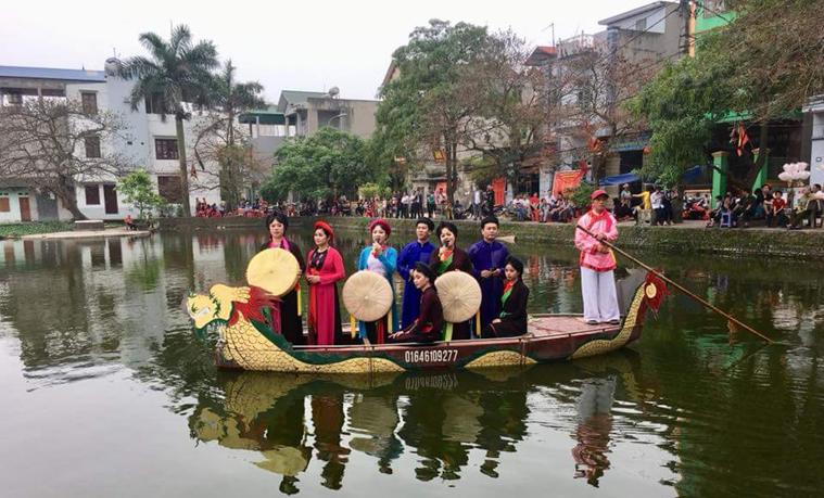 Gìn giữ văn hóa hội làng