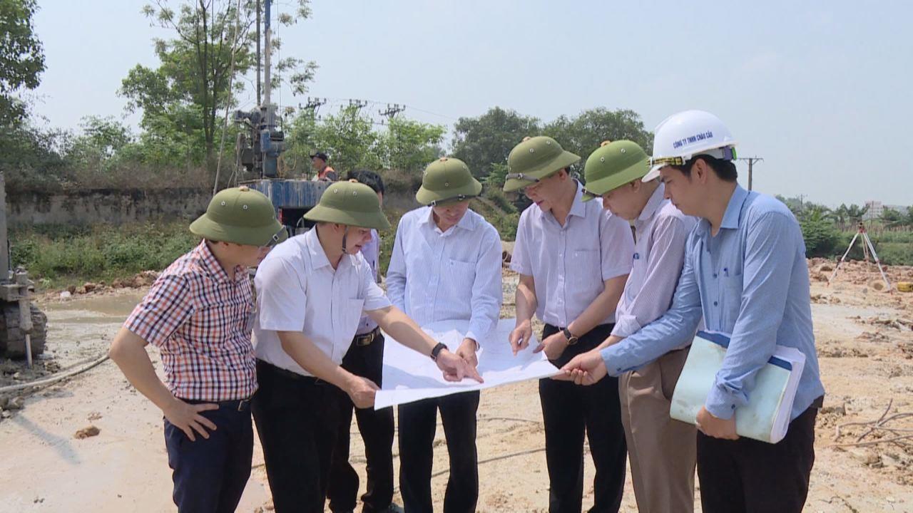 Phó Chủ tịch UBND tỉnh kiểm tra tiến độ xây dựng Trạm bơm Phú Lâm 1