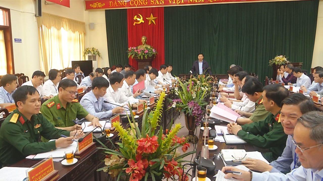 Bí thư Tỉnh ủy Nguyễn Nhân Chiến làm việc tại huyện Tiên Du