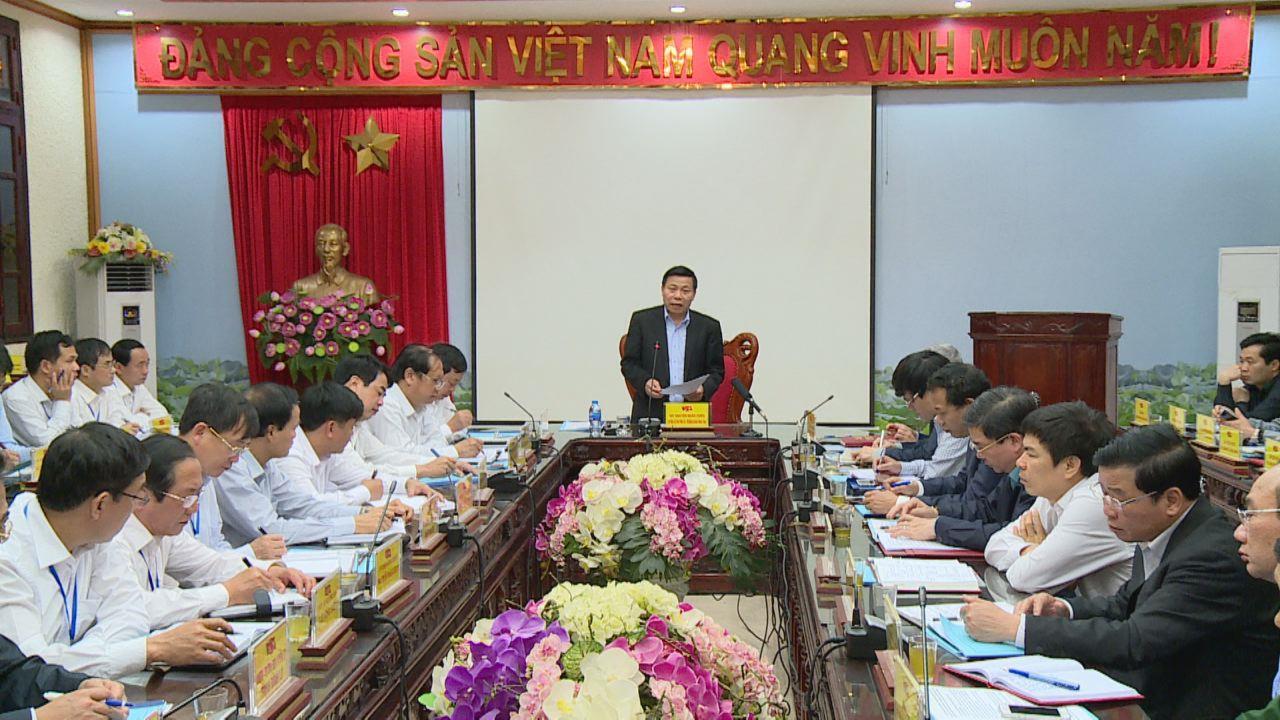 Bí thư Tỉnh ủy Nguyễn Nhân Chiến làm việc tại huyện Gia Bình