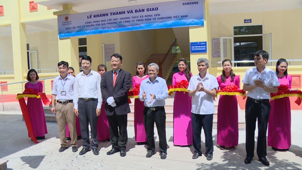 Khánh thành công trình lớp học Trường THCS xã Đông Tiến, huyện Yên Phong