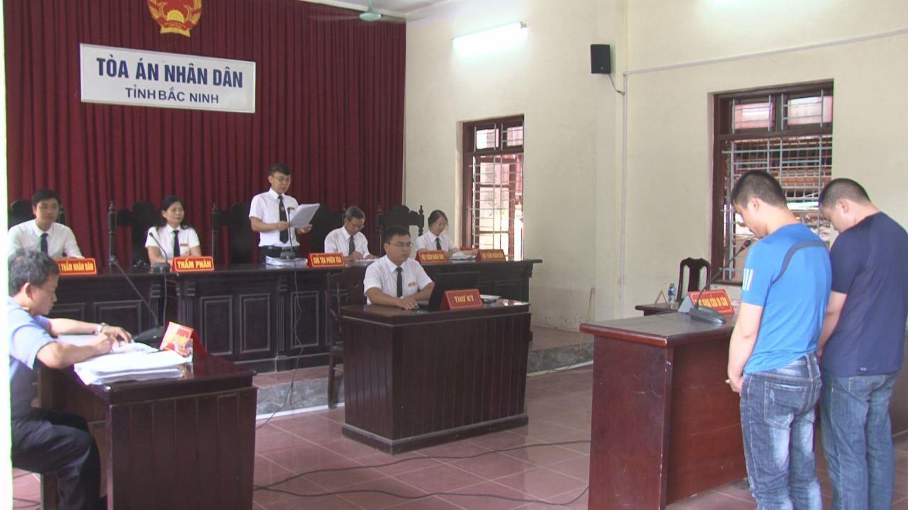 Tòa án nhân dân tỉnh xét xử lưu động vụ án tàng trữ trái phép chất ma túy tại Thuận Thành