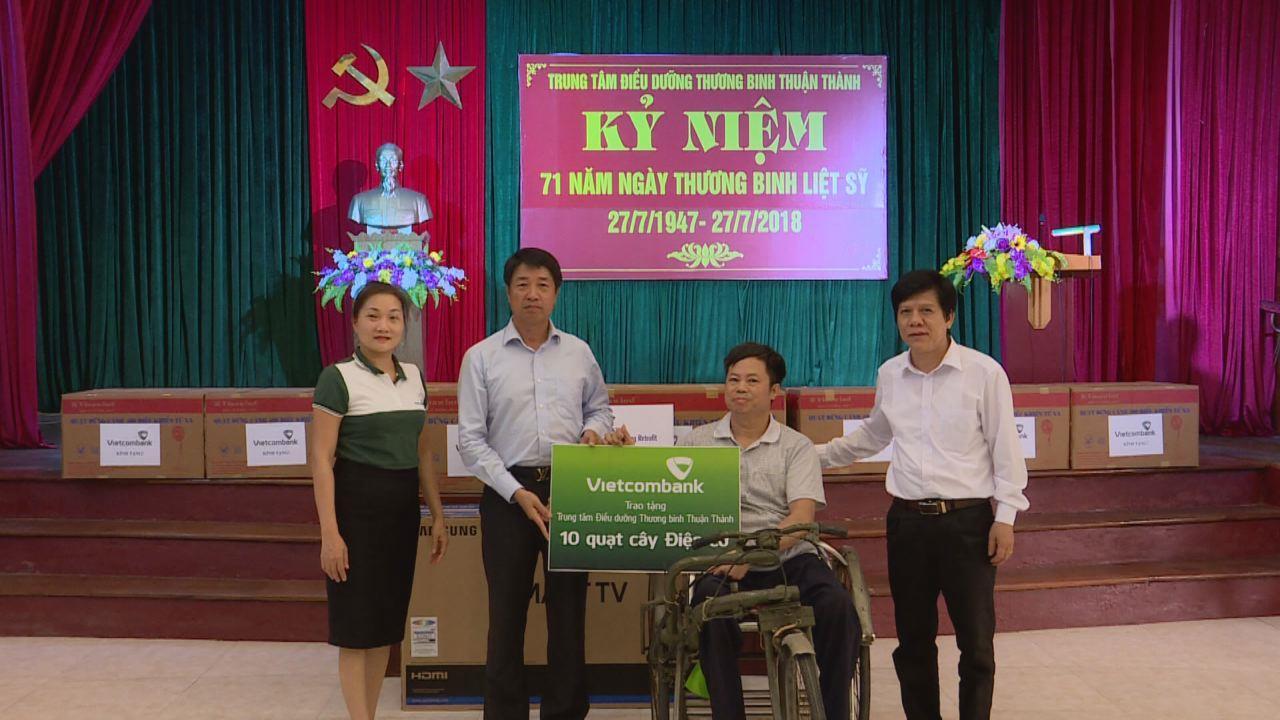Công ty Sam sung C&T tặng quà  Trung tâm Điều dưỡng thương binh Thuận Thành