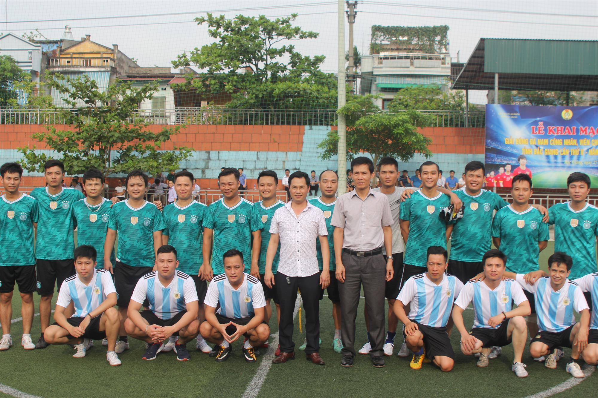 Giao hữu bóng đá Chi đoàn Đài PTTH Bắc Ninh và Đài PTTH Bắc Giang  chào mừng ngày Báo chí Cách mạng Việt Nam
