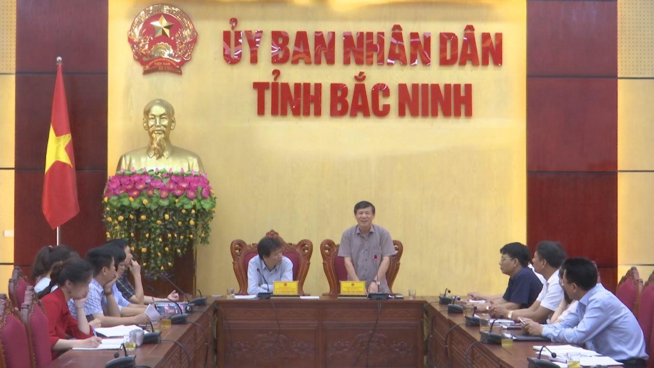 Phó Chủ tịch Thường trực UBND tỉnh  làm việc với Trường Đại học Kinh tế Quốc dân