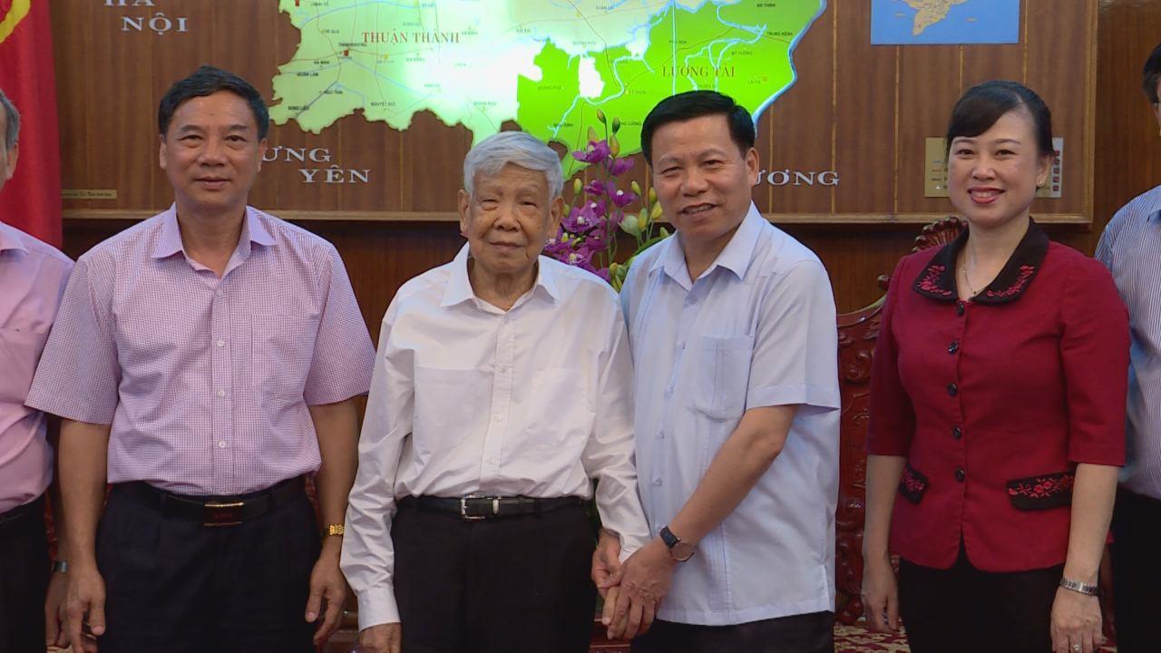 Nguyên Tổng Bí thư Lê Khả Phiêu thăm tỉnh Bắc Ninh