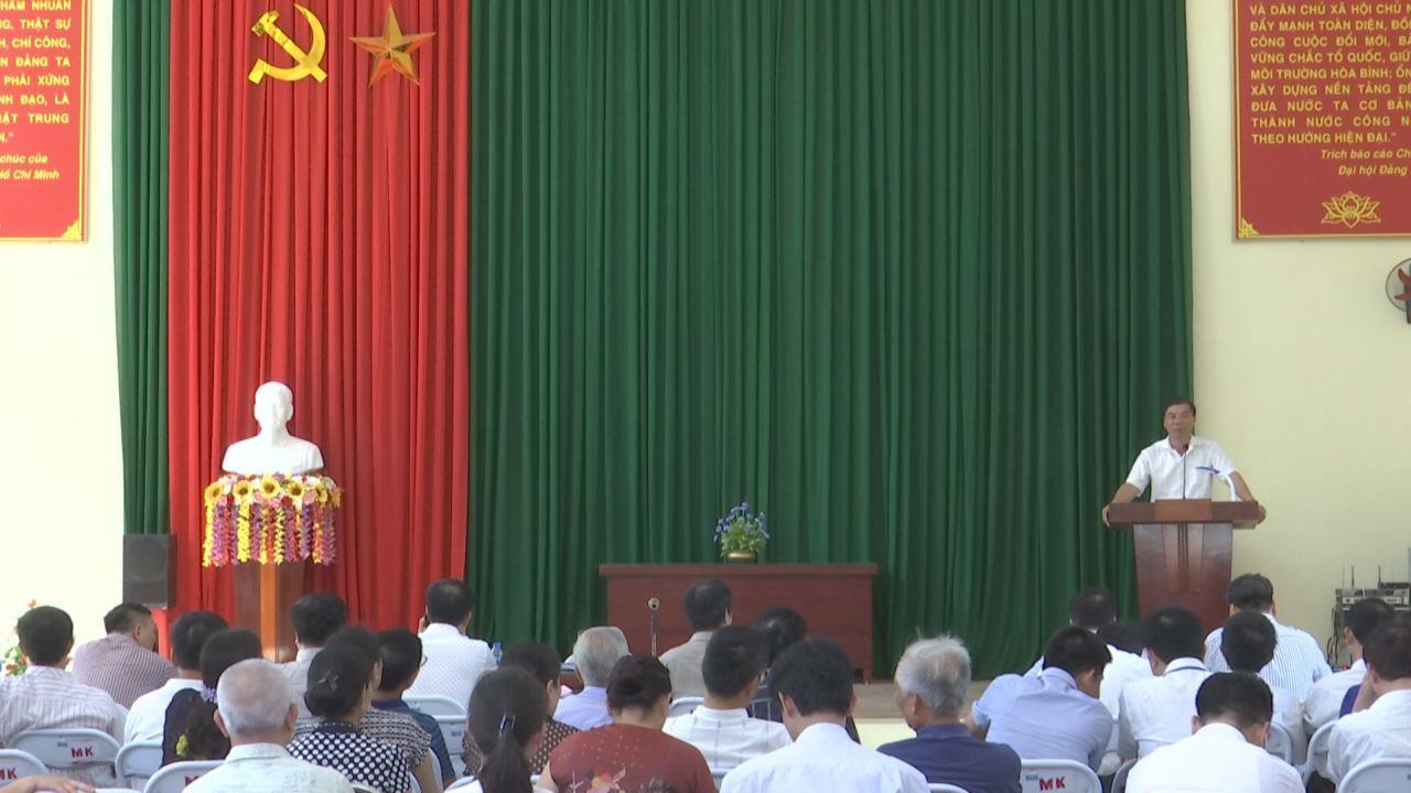 Đồng chí Nguyễn Hữu Quất dự sinh hoạt Chi bộ cơ sở tại thị xã Từ Sơn