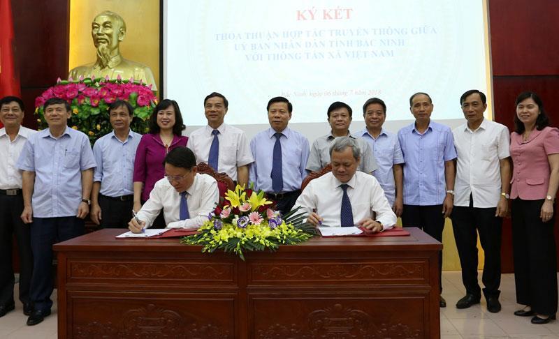 Ký kết thỏa thuận hợp tác truyền thông giữa UBND tỉnh Bắc Ninh  với Thông tấn xã Việt Nam