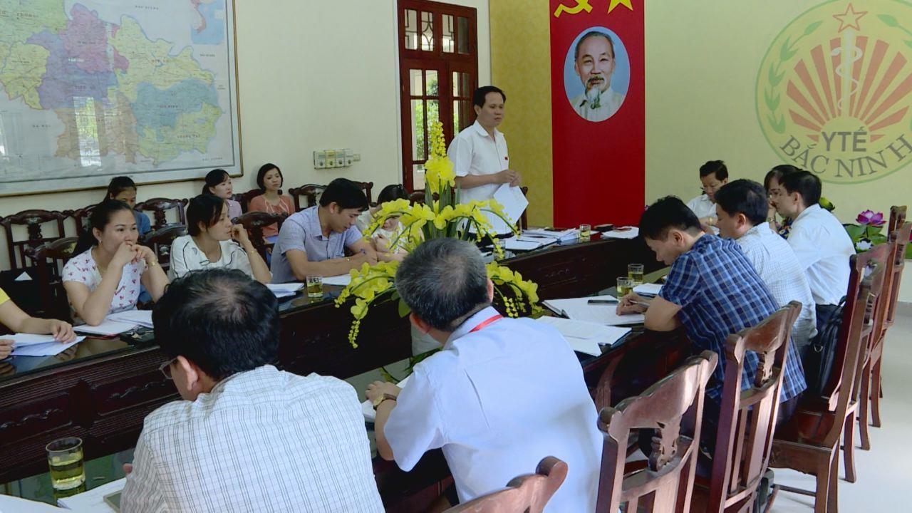 Ban Văn hóa - Xã hội, HĐND tỉnh giám sát tại Sở Y tế