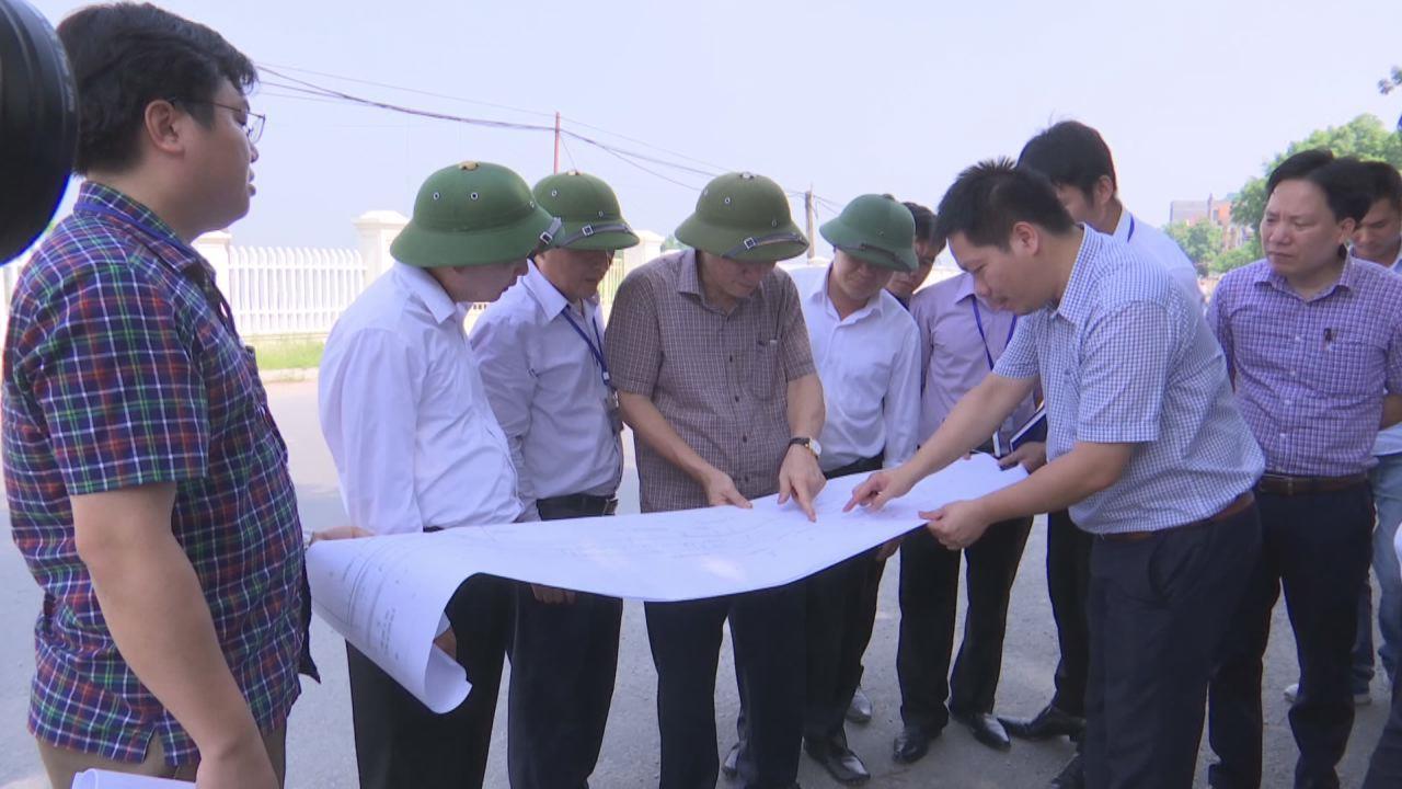 Phó Chủ tịch Thường trực UBND tỉnh kiểm tra tiến độ dự án tỉnh lộ 279
