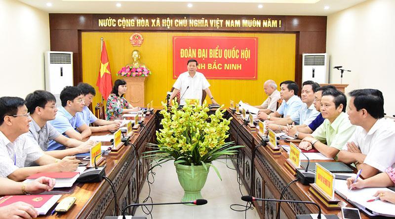 Ủy ban Thường vụ Quốc hội chất vấn Bộ trưởng, Chủ nhiệm Ủy ban Dân tộc và Bộ trưởng Bộ Công an