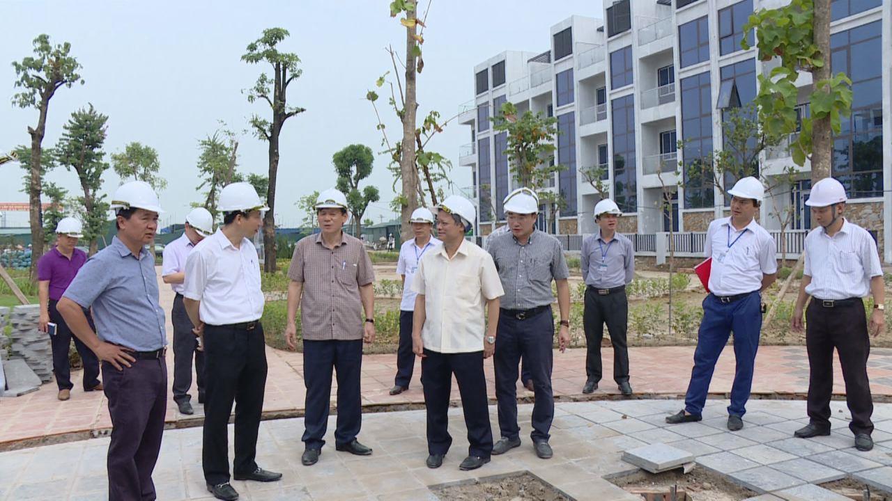 Chủ tịch UBND tỉnh thăm, kiểm tra các dự án nhà ở công nhân