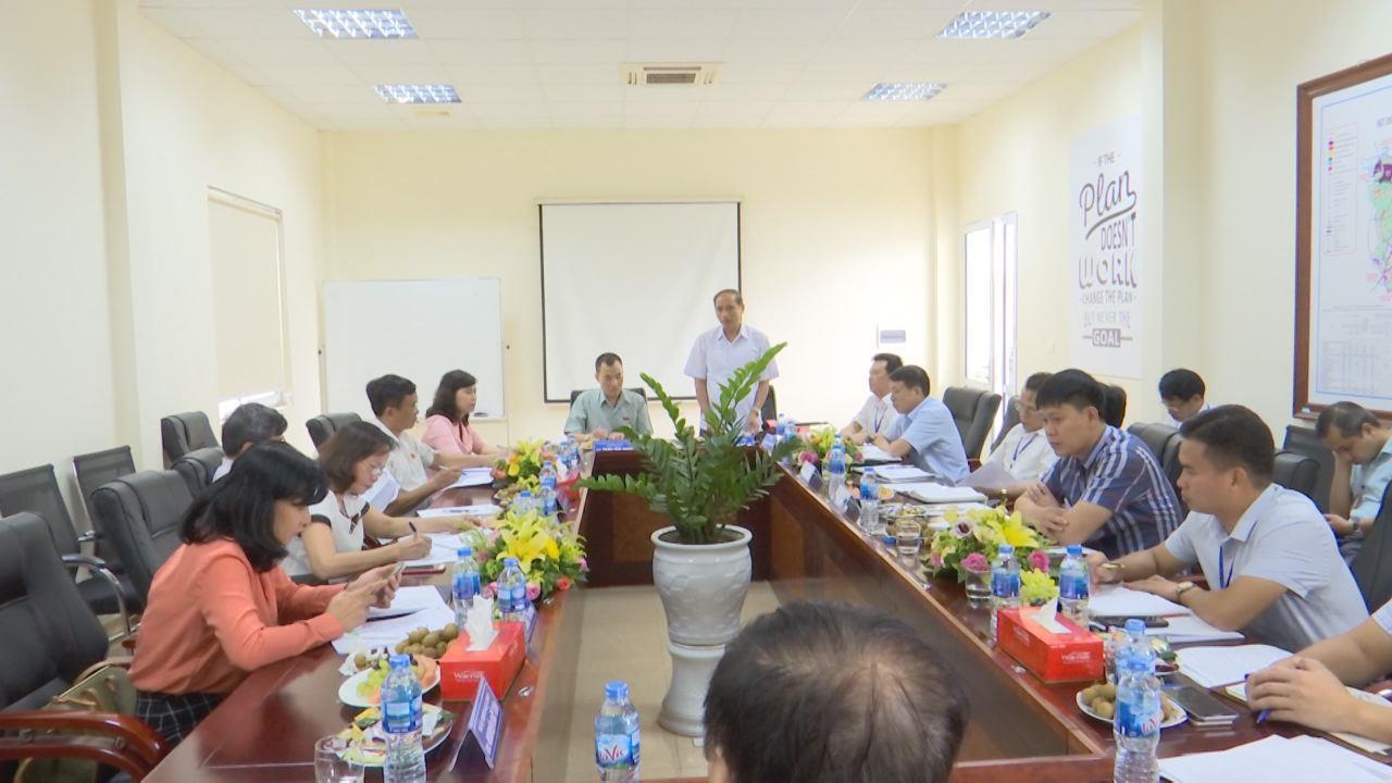 Đoàn giám sát của Ủy ban Khoa học công nghệ và Môi trường làm việc tại Công ty Cổ phần Công nghệ viễn thông Sài Gòn