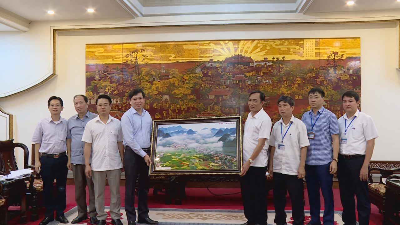 Đoàn công tác tỉnh Lạng Sơn trao đổi, học tập kinh nghiệm tại Bắc Ninh