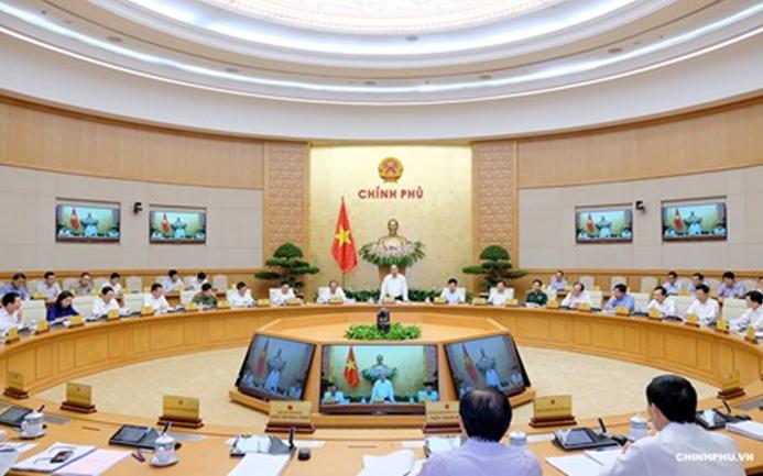 Thủ tướng chủ trì họp Chính phủ thường kỳ tháng 8/2018