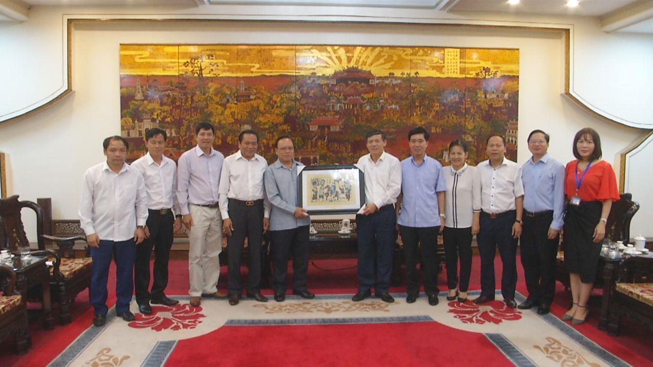 Đoàn công tác tỉnh Hủa Phăn (Lào) thăm, làm việc tại Bắc Ninh