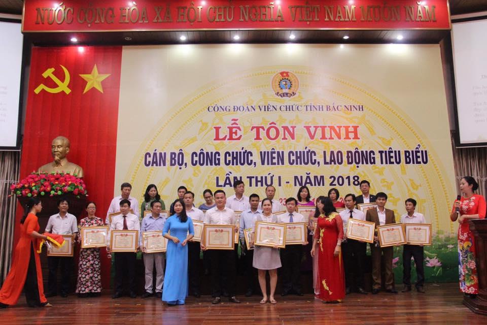 Công đoàn Viên chức tỉnh tôn vinh 60 cán bộ, công chức, viên chức, người lao động tiêu biểu
