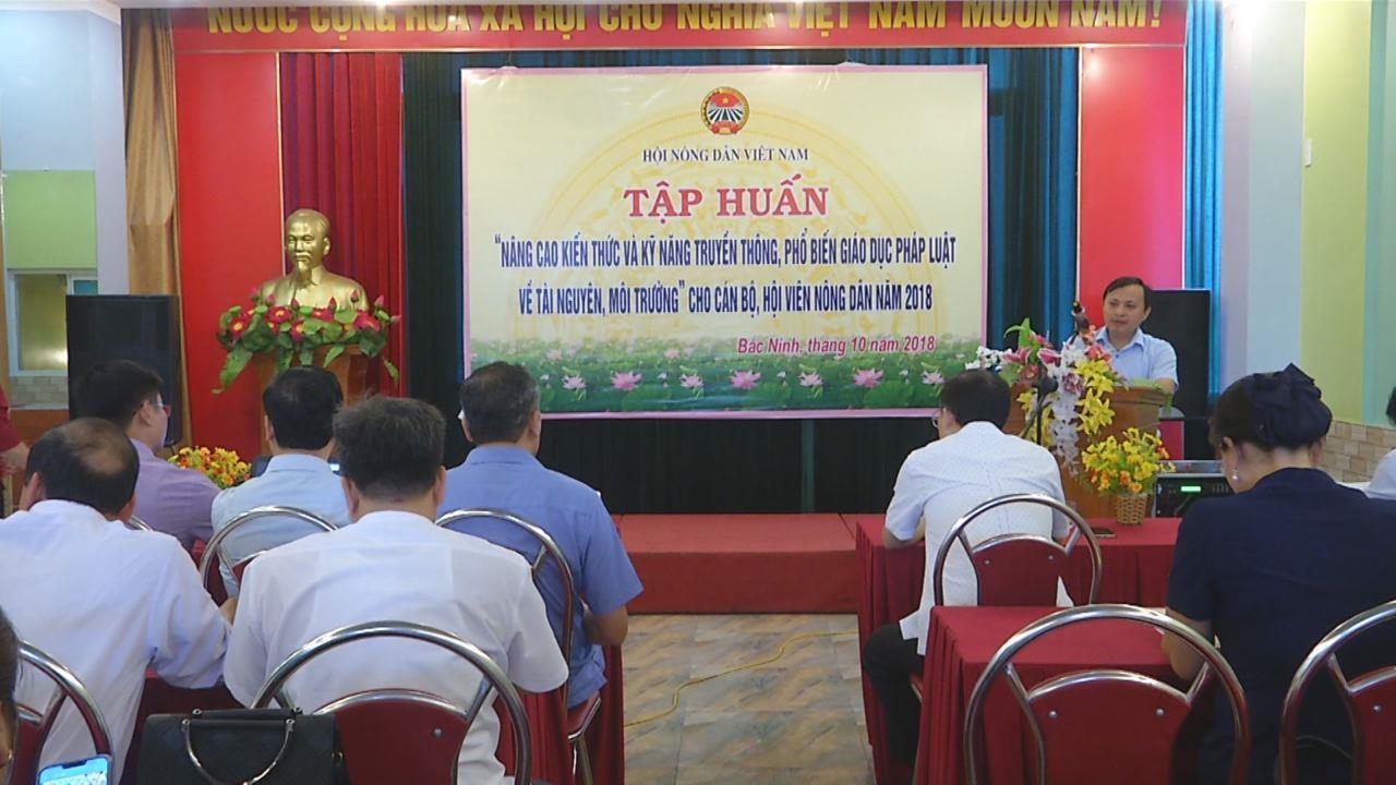Hội Nông dân tỉnh tập huấn kỹ năng tuyên truyền pháp luật bảo vệ môi trường