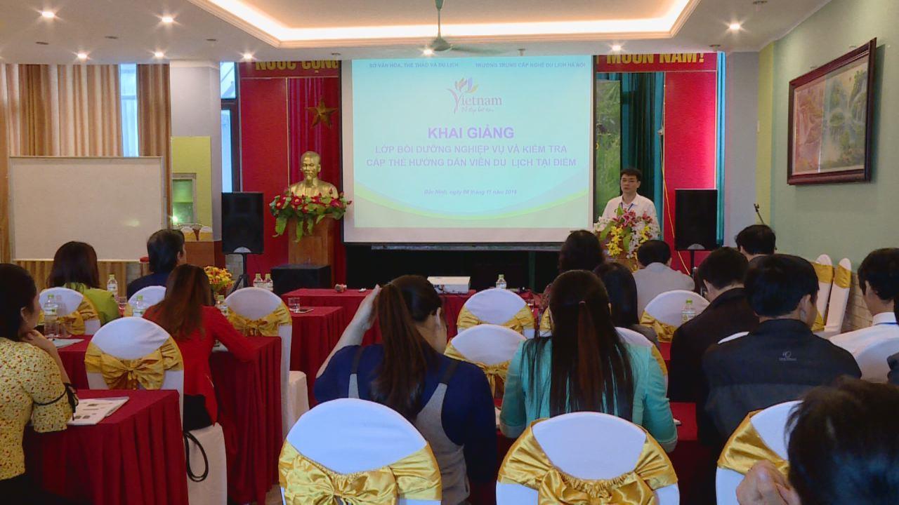 Khai giảng lớp bồi dưỡng cấp thẻ Hướng dẫn viên du lịch tại điểm
