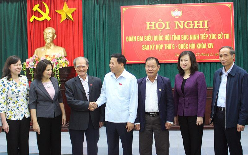 Đoàn Đại biểu Quốc hội tỉnh tiếp xúc cử tri tại thị xã Từ Sơn