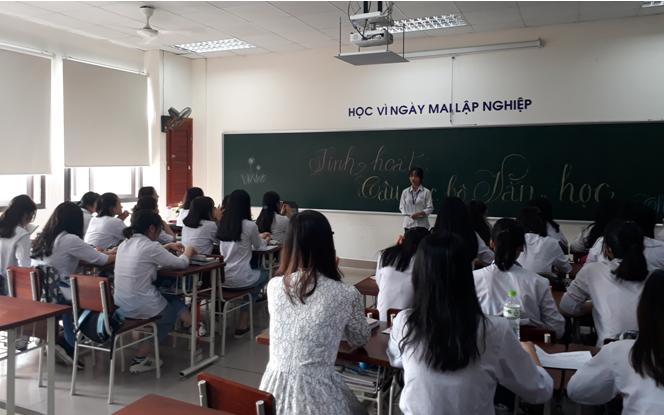 Lan tỏa phong trào sáng tác thơ văn tại Trường THPT Chuyên Bắc Ninh