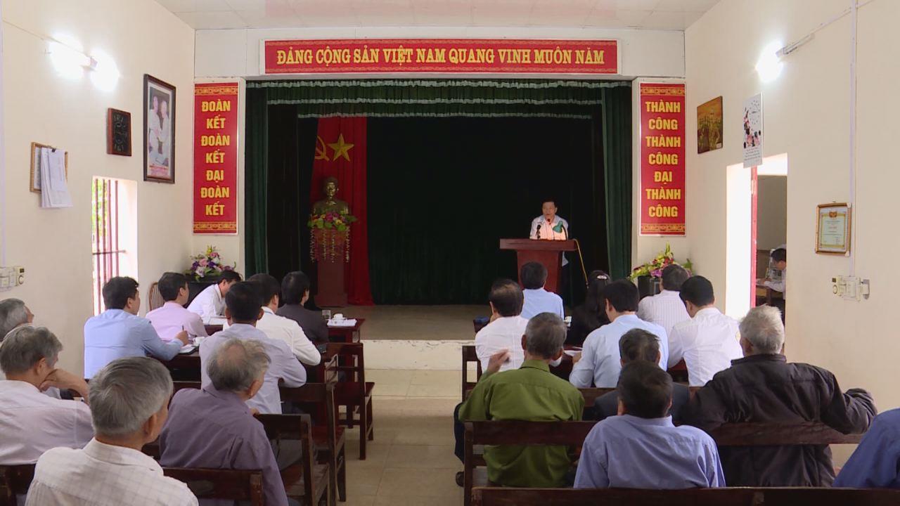 Các đồng chí lãnh đạo tỉnh sinh hoạt Chi bộ tại cơ sở