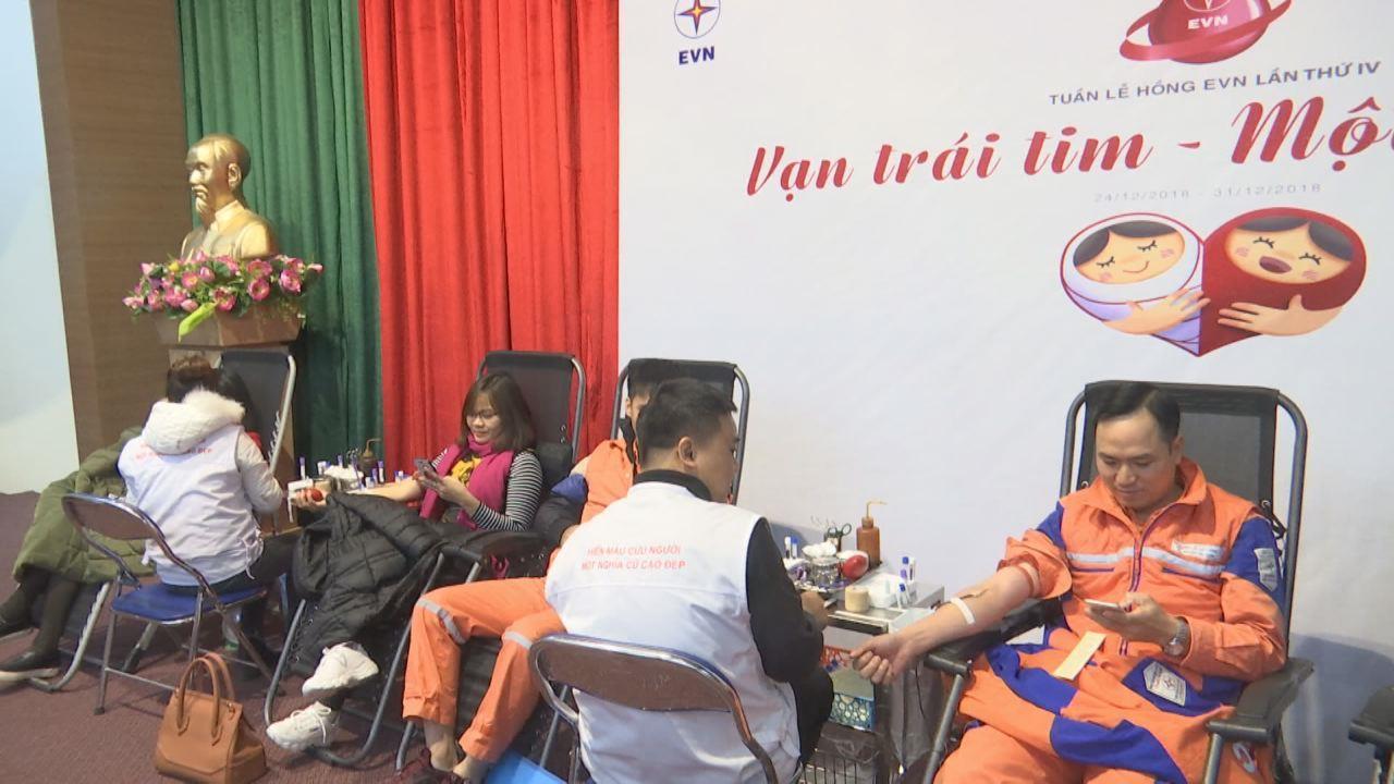 Công ty Điện lực Bắc Ninh tham gia hiến máu nhân đạo