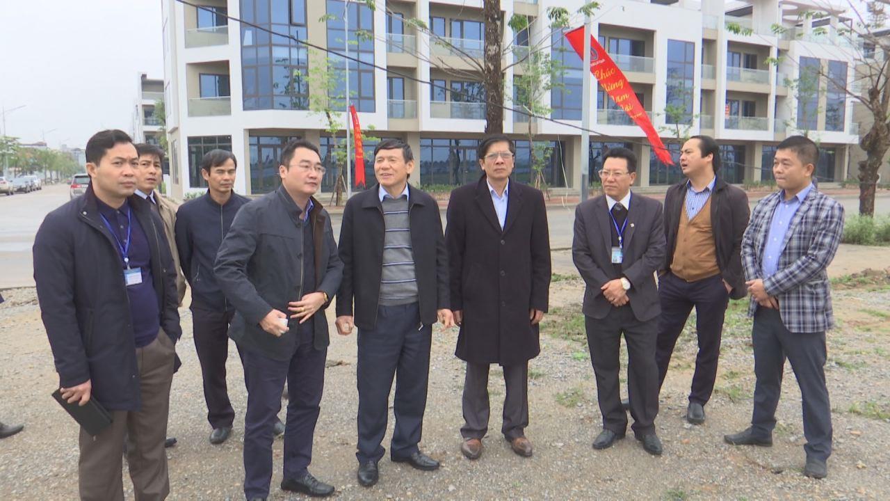 Lãnh đạo tỉnh kiểm tra tiến độ xây dựng khu nhà ở xã hội  Khu công nghiệp Yên Phong