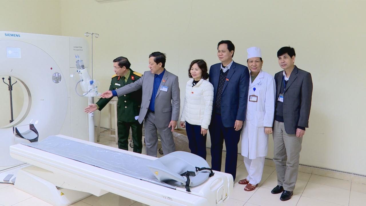 Ban Văn hóa Xã hội, HĐND tỉnh: Khảo sát công tác khám, chữa bệnh tại Bệnh viện Quân y 110