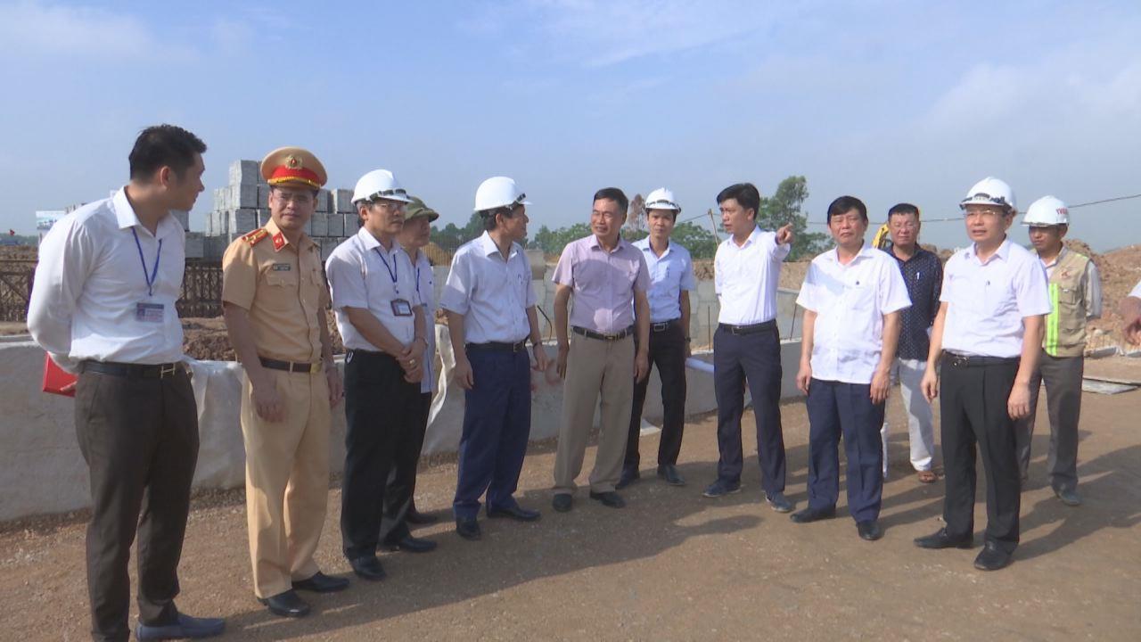 Lãnh đạo UBND tỉnh kiểm tra tiến độ dự án Nút giao Tây Nam