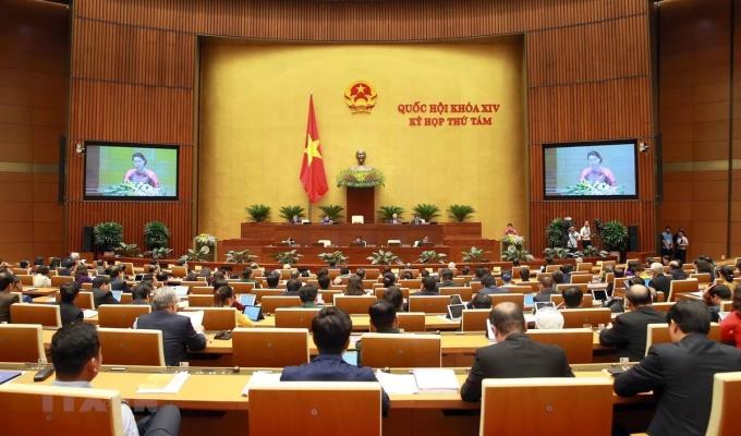 Quốc hội thảo luận dự án Luật Dân quân tự vệ (sửa đổi)