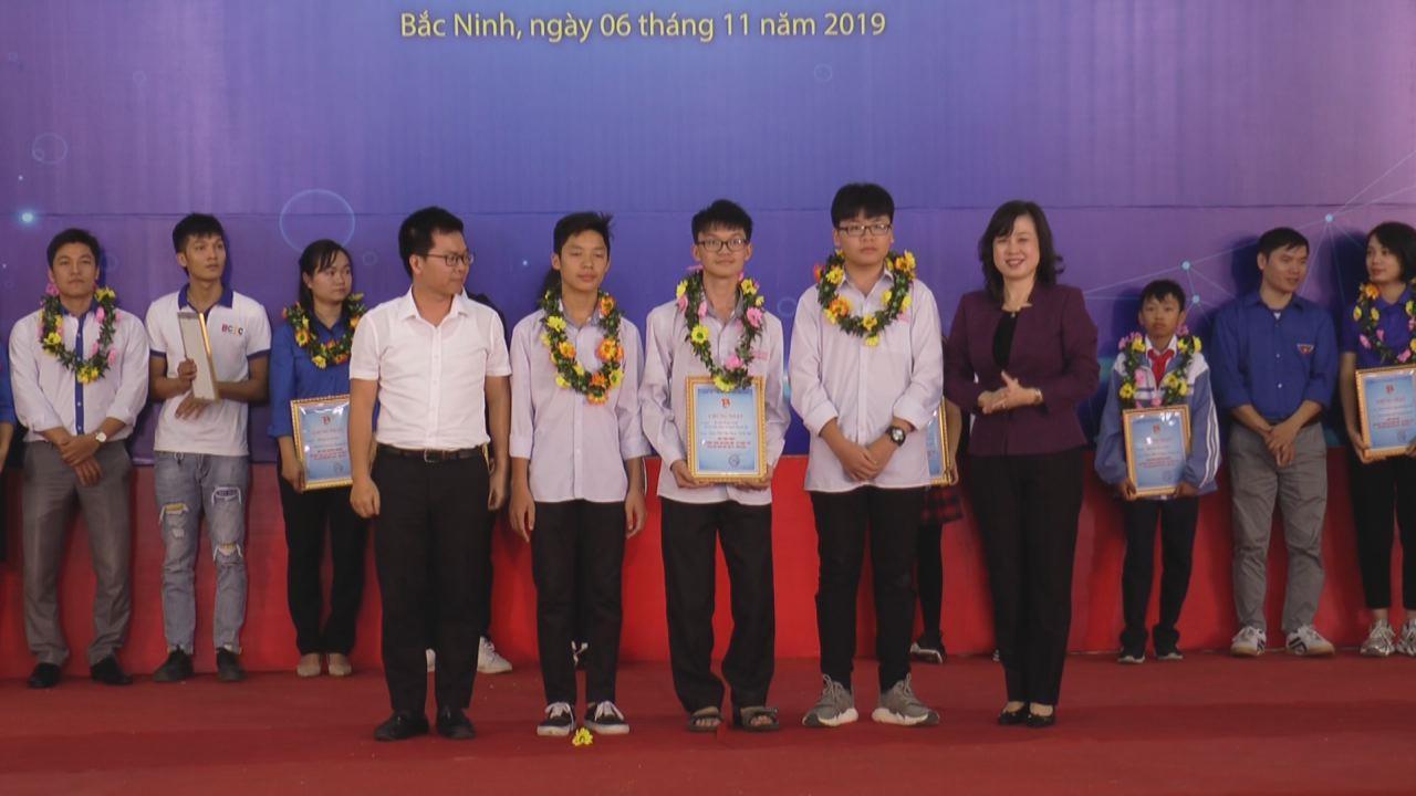 """Tổng kết Liên hoan """"Sáng tạo Khoa học - Kỹ thuật trẻ""""  tỉnh Bắc Ninh lần thứ IV"""