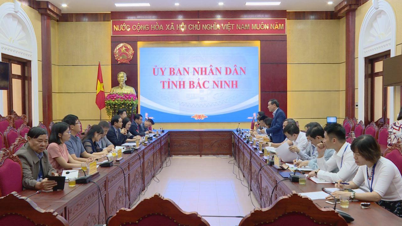 UBND tỉnh họp nghe báo cáo tình hình hoạt động của Tổ hợp Samsung