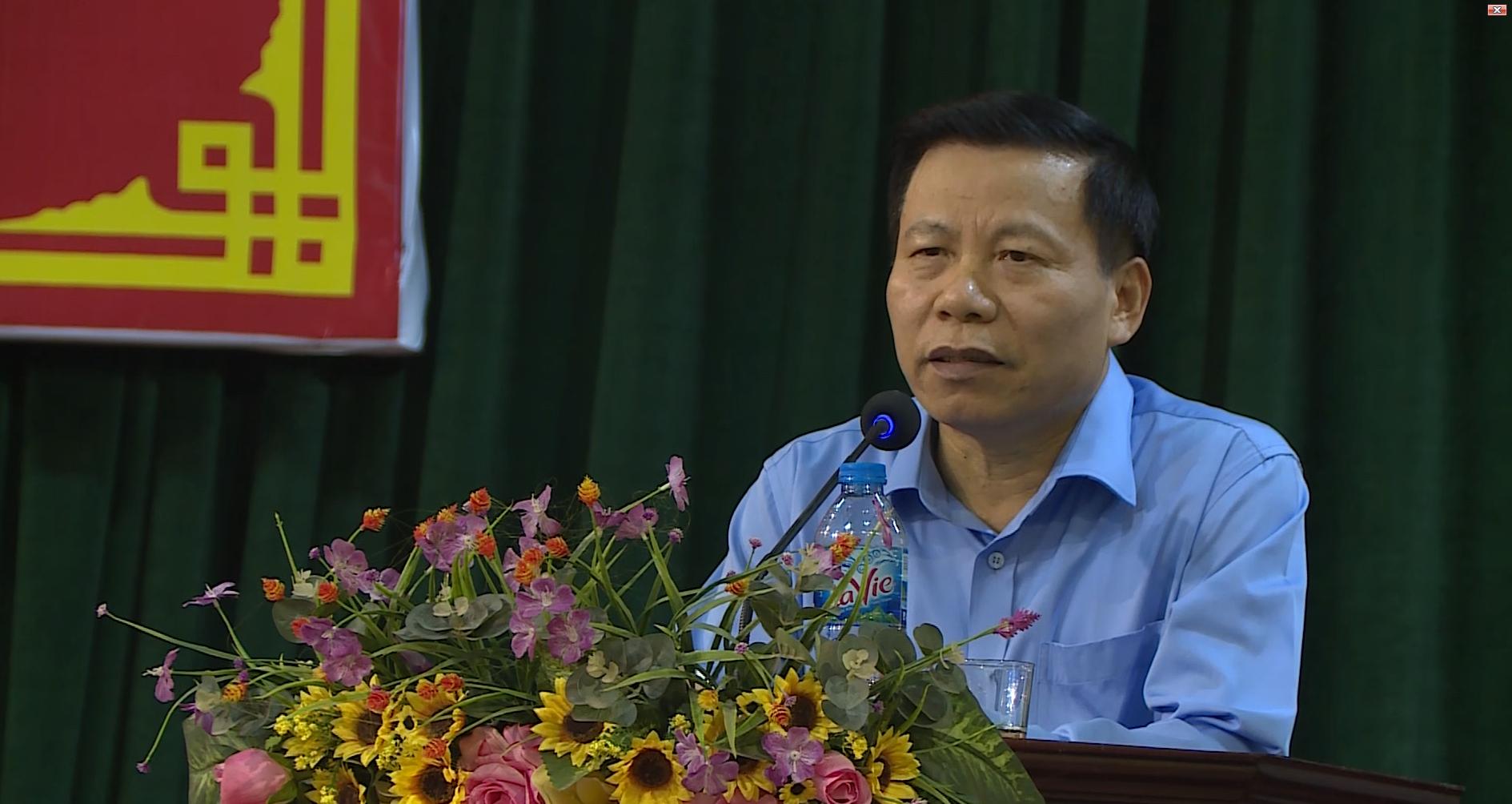 Tổ đại biểu HĐND tỉnh, HĐND huyện Tiên Du tiếp xúc cử tri tại thị trấn Lim