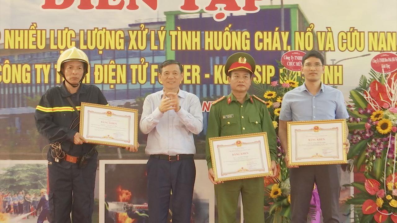 Diễn tập phương án chữa cháy và cứu nạn, cứu hộ tại Công ty TNHH điện tử Foster Bắc Ninh