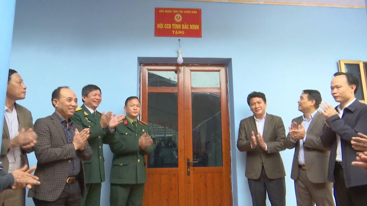 Hội Cựu chiến binh tỉnh bàn giao Nhà nghĩa tình đồng đội tại Thuận Thành